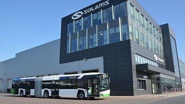 Pierwszy hybrydowy autobus firmy Solaris w barwach Floating Garden