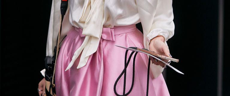 Pastelowa spódnica na wesele. Najpiękniejsze modele z sieciówek