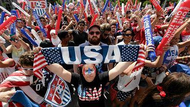 Tłumy kibiców reprezentacji USA w Detroit dopingują swoją reprezentację