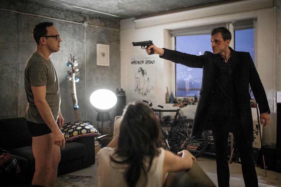 Kadr z serialu 'Ślepnąc od świateł'