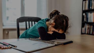 Jak rodzice mogą pomóc swoim dzieciom w odrabianiu lekcji?