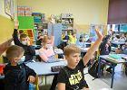 Po dwóch tygodniach oceniono powrót do szkół. Sondaż pokazuje jasno, co myślą Polacy