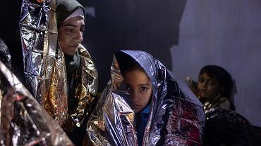 Grecja. Dziewczynka z Iraku, która dopiero co przybyła do Grecji