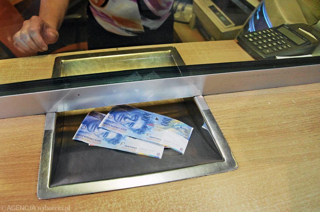 Franki szwajcarskie w kantorze wymiany walut