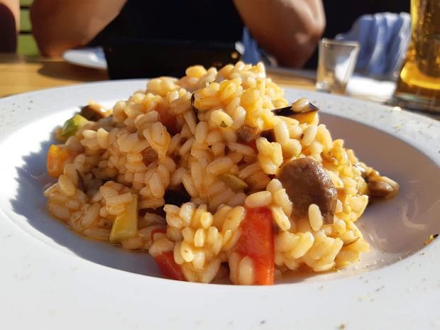 Czarnogóra słynie z przepysznej kuchni. A w Durmitorze można trafić na doskonałe risotto
