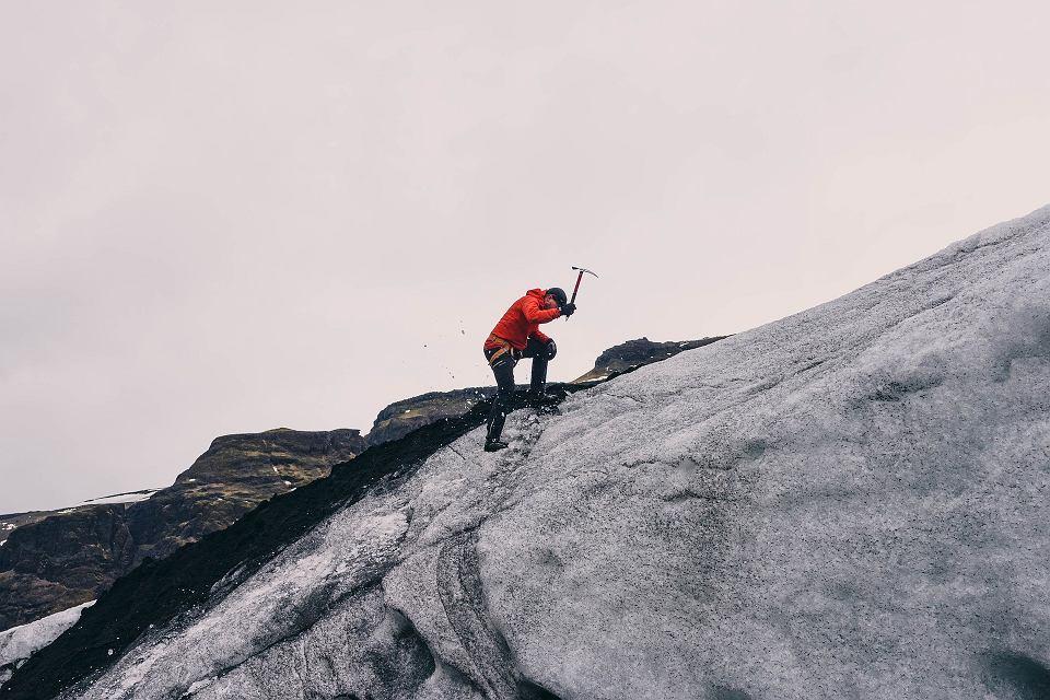 Zdjęcie numer 3 w galerii - Górskie sporty ekstremalne.  Czego można się nauczyć i ile to kosztuje?