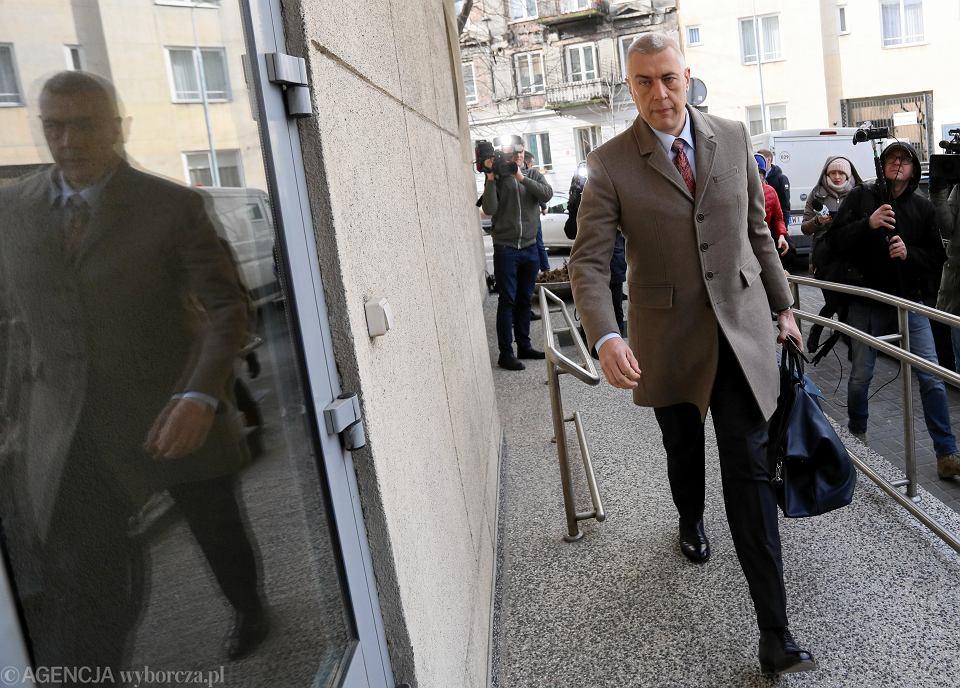 1.03.2019, Warszawa, Roman Giertych w drodze do prokuratury w związku z przesłuchaniem Geralda Birgfellnera.