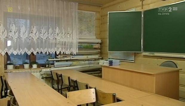 sala od matematyki Kamila Stocha, szkoła Kamila Stocha, Ząb