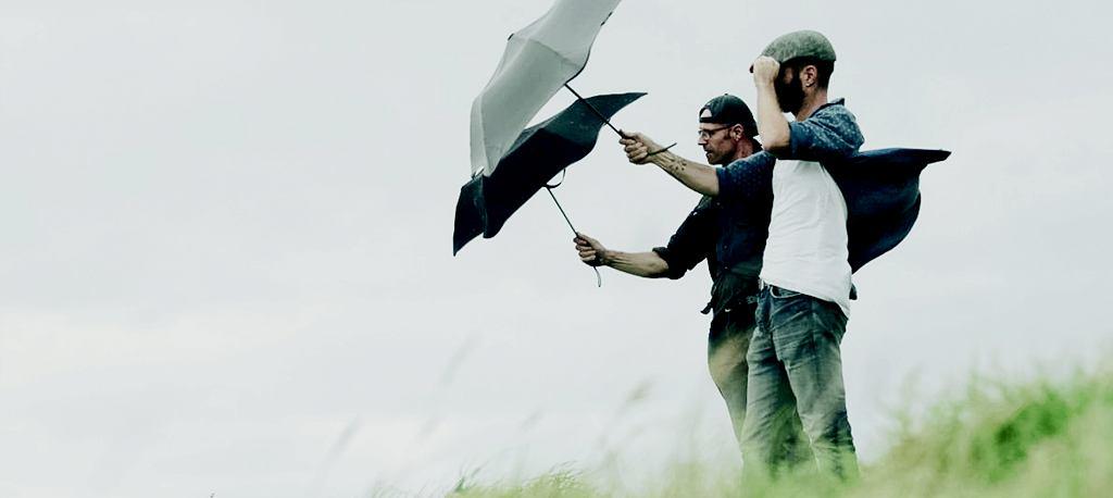 Parasol od Blunt Umbrellas
