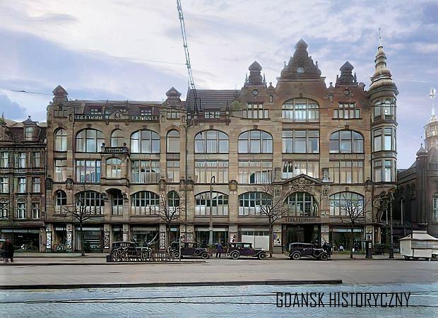 Zdjęcie numer 10 w galerii - Zdjęcia przedwojennego i powojennego Gdańska w kolorze. Zieleń drzew i czerwone cegły Bazyliki Mariackiej