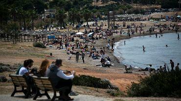 Koronawirus i wakacje. Grecja, plaża niedaleko Aten