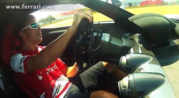 Alonso testuje LaFerrari
