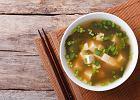 Miso, właściwości zdrowotne. Dlaczego warto jeść produkty sfermentowane?