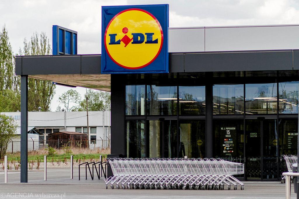 Maseczki ochronne popularnej marki w Lidlu