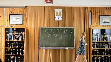 Strajk nauczycieli w III Liceum Ogólnokształcącym im . Unii Lubelskiej w Lublinie (kwiecień 2019 rok).