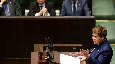 """Premier Szydło do opozycji: """"Oddaliście się pokusie Targowicy"""""""