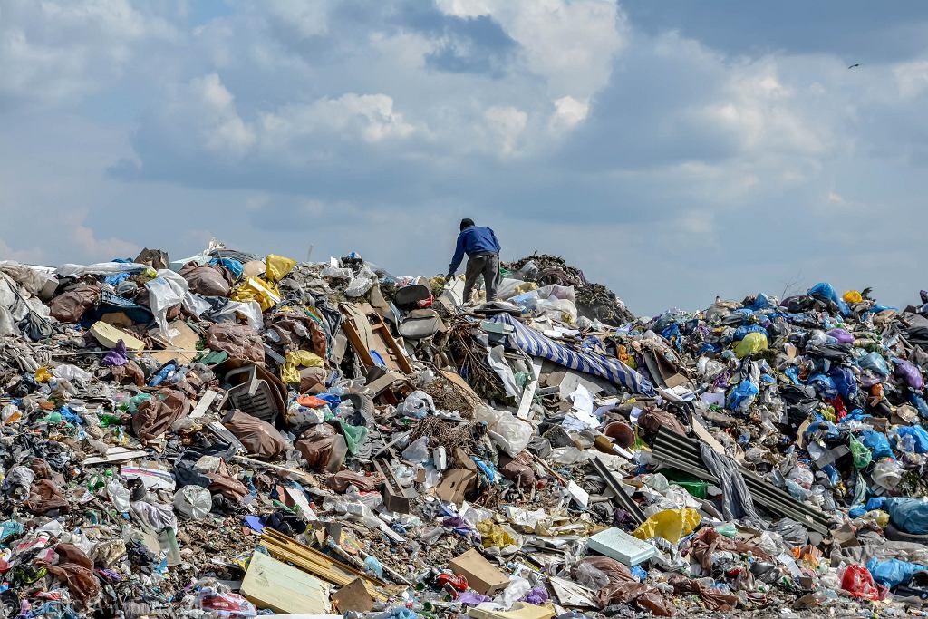 Składowisko odpadów w Raculi