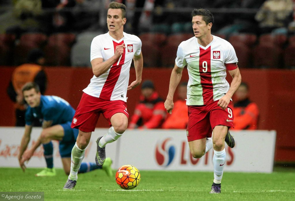 Arkadiusz Milik i Robert Lewandowski