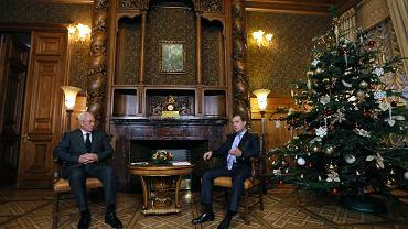 24 grudnia, Moskwa, spotkanie premierów Rosji i Ukrainy Dmitrija Miedwiediewa i Mykoły Azarowa