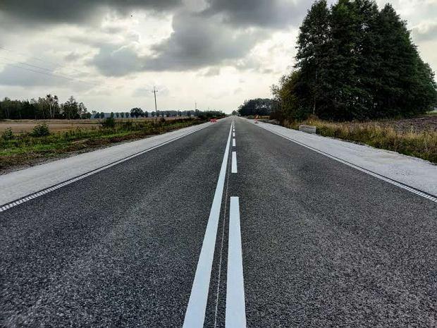Droga wojewódzka nr 123 na odcinku Huta Szklana k. Krzyża-Przesieki zostanie oddana do użytku rok przed terminem