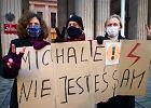 """Nauczyciele bronią kolegi, który ma zarzuty za """"wulgaryzmy na strajku kobiet"""""""