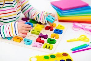 Nauka literek - pomysły na edukacyjne gry i zabawy dla dzieci