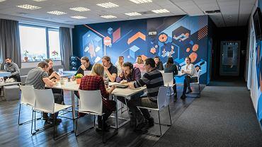 W RST bardzo ważna jest wspólna przestrzeń dla pracowników, czyli MeetHUB. To miejsce spotkań