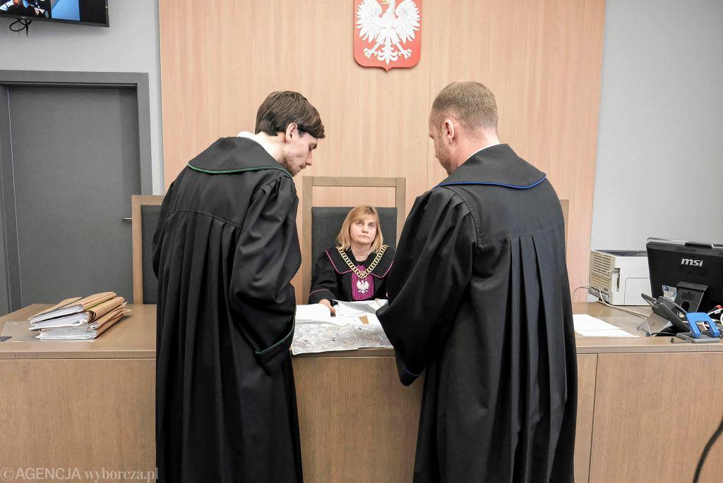 Rozprawa w sprawie zakazu Marszu Równości w Gnieźnie w sądzie okręgowym w Poznaniu