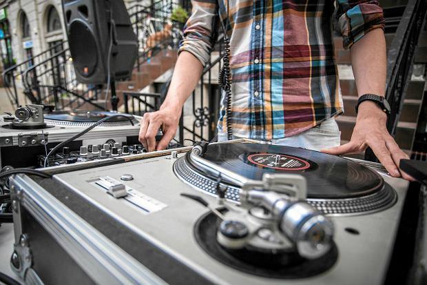 Muzyka dla wymagających, czyli na czym słuchać muzyki?