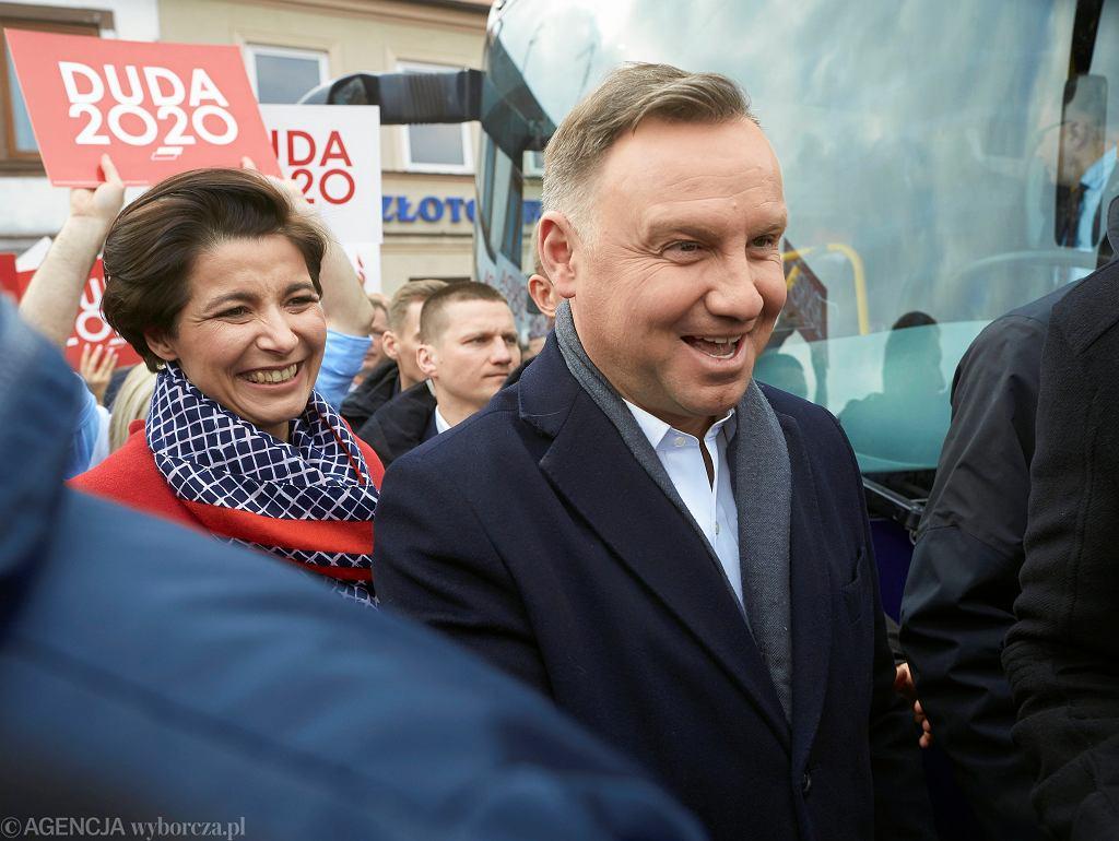 Wybory prezydenckie 2020. Andrzej Duda podczas spotkania z wyborcami w Łowiczu