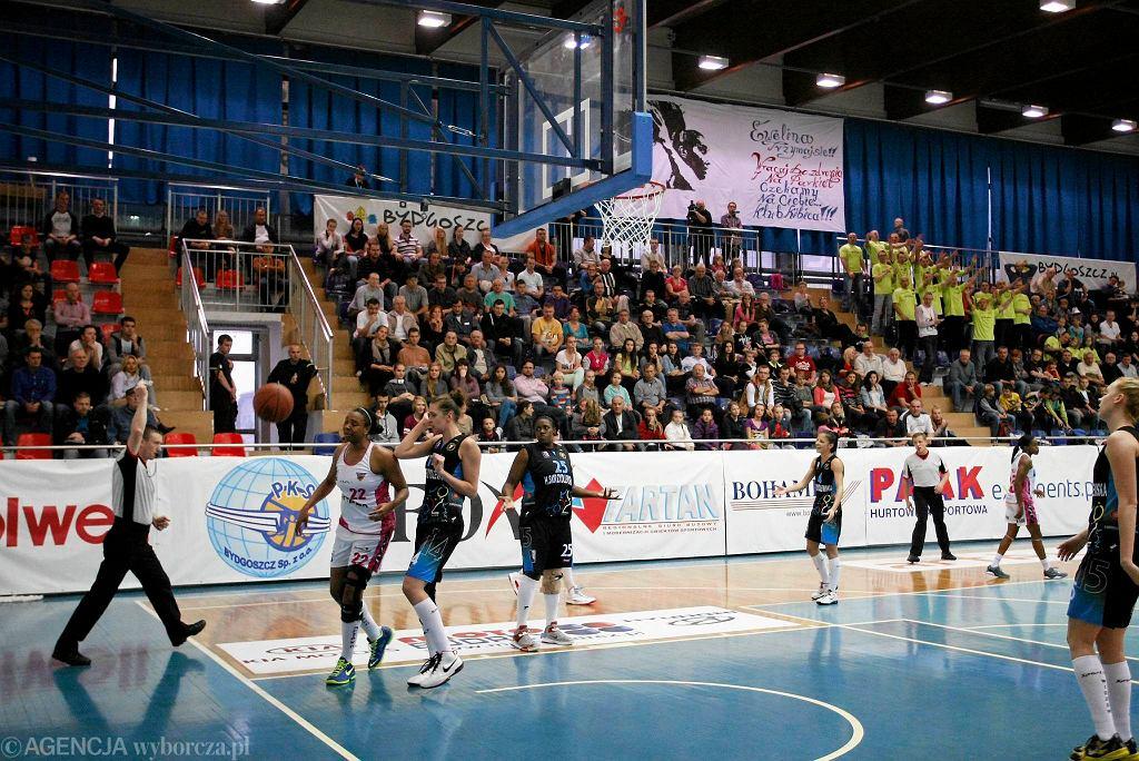 Koszykarki Widzewa Łódź w meczu z Artego Bydgoszcz