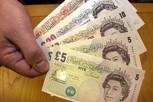 Kurs funta w dół. Nocny nokaut brytyjskiej waluty