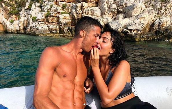 Kolejny urlop Cristiano Ronaldo 'Wakacje z moją miłością'