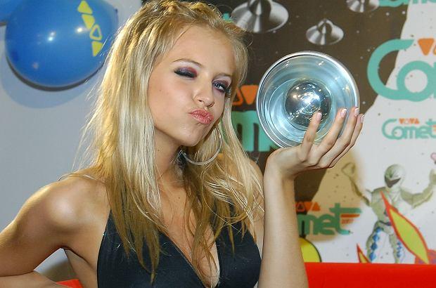 Sasha Strunin pojawiła się ostatnio na trzecich urodzinach lokalu HulaKula. Gwiazda zaskoczyła nową, szczupłą sylwetką i blond fryzurą.