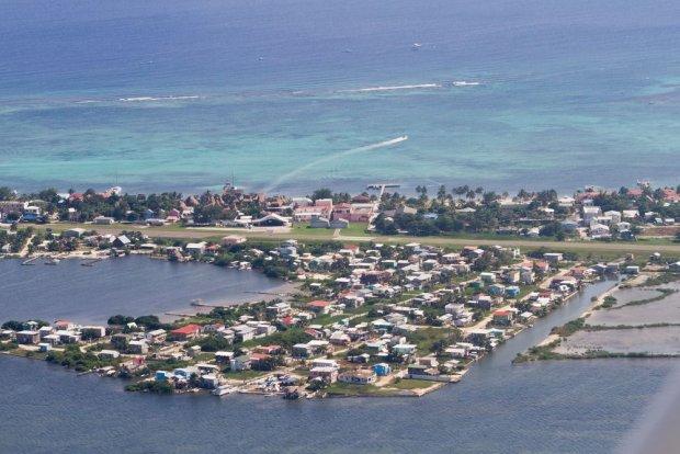 Widok na miasto San Pedro w Ambergris Caye, Belize / fot. Shutterstock