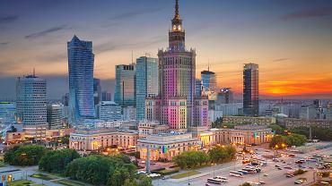 Warszawa o zachodzie słońca.