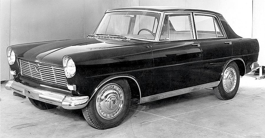 FSO Warszawa Ghia: prototyp wersji sedan, 1959 rok. Oglądana po raz pierwszy od 1959 roku