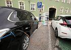 Samochód elektryczny, nawet częściowo sponsorowany przez państwo, nie jest jeszcze atrakcyjną ofertą dla Kowalskiego