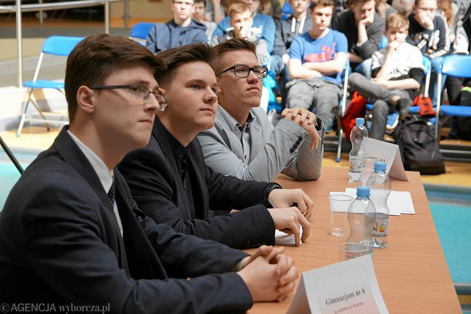 Zwycięzcy półfinału z G6. Od lewej: Piotr Chyliński, Adam Leśniewski i Kacper Pielat