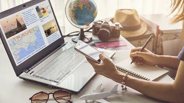 Dni ustawowo wolne od pracy 2021 i nauki szkolnej. Na kiedy najlepiej zaplanować urlop?
