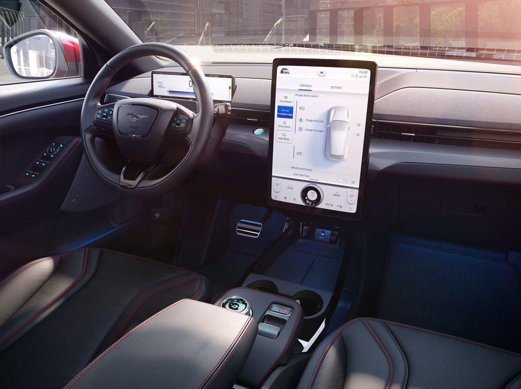 Wnętrze Forda Mustanga Mach-E