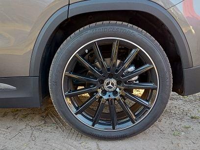 ozdobna felga Mercedesa GLA