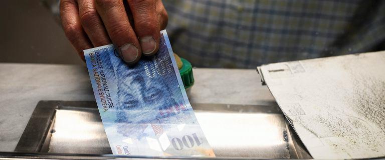Kurs walut NBP - 20.08. Frank powyżej 4 zł [kurs dolara, funta, euro, franka]