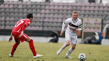 Jaworzno. GKS Tychy - Widzew Łódź 1:0. Przy piłce Marcin Radzewicz