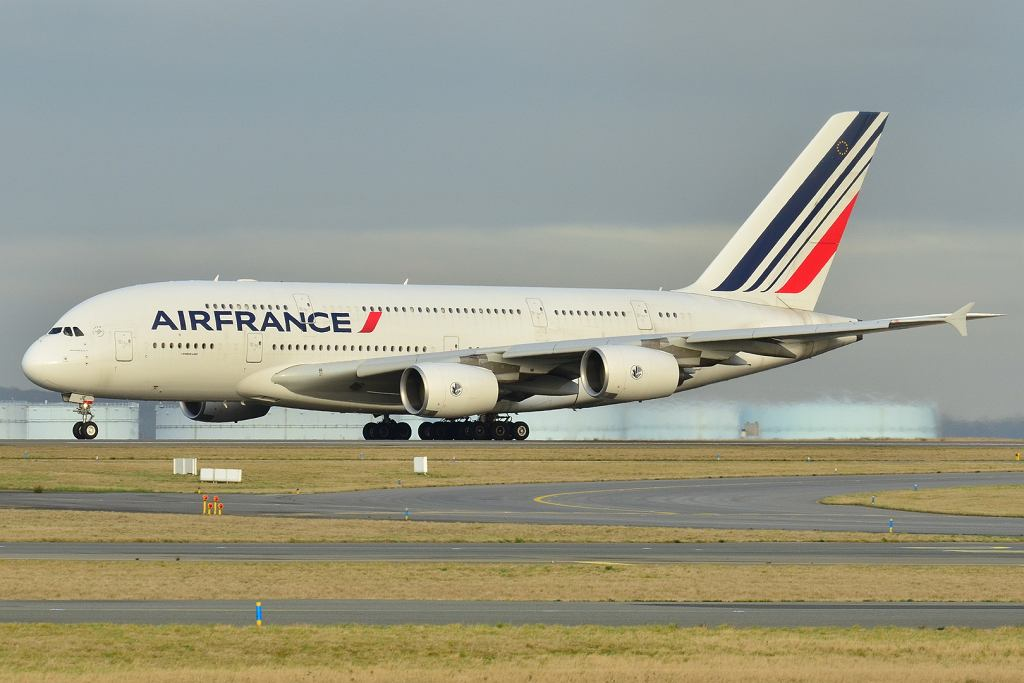 Airbus A380 w barwach Air France w 2011 roku