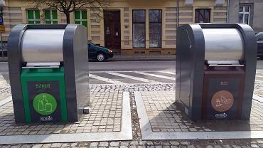 Kwiecień 2021 r. Podziemne pojemniki przy Kwadracie w Gorzowie