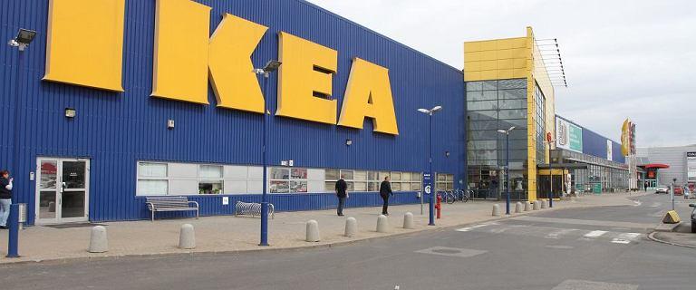 IKEA odkupuje stare meble od klientów. W zamian oferuje bony
