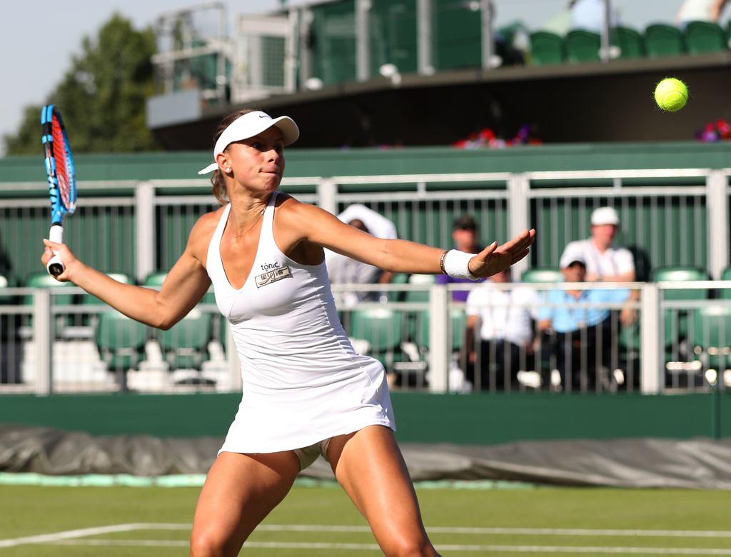 Magda Linette podczas meczu na turnieju w Wimbledonie, 4 lipca 2019.