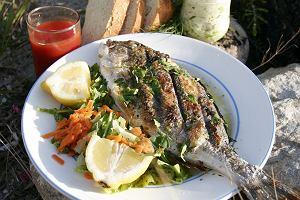 Gdzie na wakacje, jeśli lubisz dobrze zjeść? Letni kulinarny przewodnik po Polsce