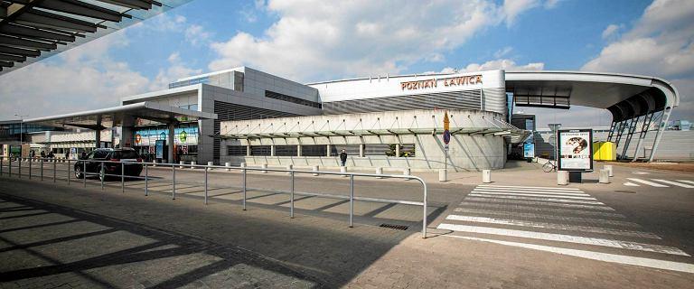 Poznańskie lotnisko Ławica na krawędzi. Nawet 20 proc. załogi na bruk